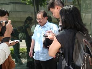 Temubual dengan media antarabangsa dan juga Hong Kong