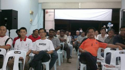 Antara yang hadir ke perasmian bilik gerakan Ayer Keroh, Melaka